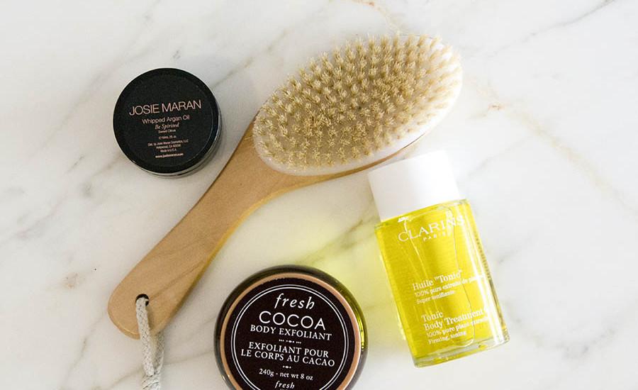 dry brushing improves skin